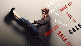 Ljuv shoppare, begrepp för helgdagsaftonxmas-försäljningar. Fantasi Arkivbilder