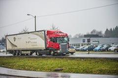 LKW auf der Straße Lizenzfreies Stockfoto