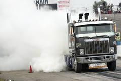 LKW-Rauchshow Lizenzfreie Stockfotos