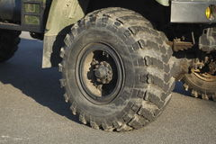 LKW-Reifen Stockbild