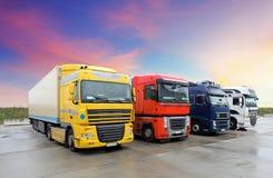LKW, Transport Lizenzfreies Stockbild