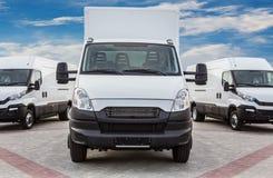 LKW- und Mehrzweckfahrzeugfrachtlieferung stockbilder