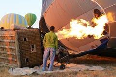 Llama grande dentro de un globo en Cappadocia, Turquía Fotografía de archivo libre de regalías
