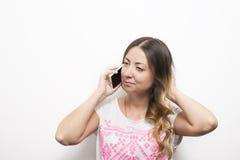 Llamada de teléfono de la mujer Imágenes de archivo libres de regalías