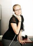 Llamada de teléfono de secretaria Receive A Fotografía de archivo