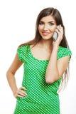 Llamada de teléfono modelo joven femenina Fotografía de archivo libre de regalías