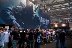Llamada del deber: Ops negro en GamesCom Foto de archivo