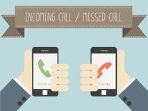 Llamada entrante y llamada faltada en smartphone Imagenes de archivo