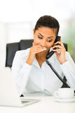 Llamada privada del oficinista Imagen de archivo libre de regalías