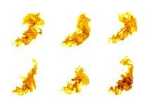 Llamas del fuego aisladas en el fondo blanco fotografía de archivo