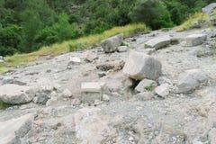 Llamas eternas de la quimera-Yanartas, y las ruinas del templo en Cirali-Olympos, Turquía Imagenes de archivo