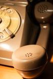 Llame en los 70 - en horas extras en el trabajo foto de archivo libre de regalías