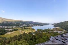 Llanberis και άποψη Llyn Padarn στοκ φωτογραφίες με δικαίωμα ελεύθερης χρήσης