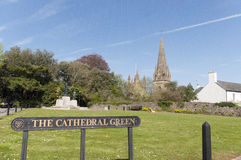 Llandaff大教堂绿色,威尔士,英国 图库摄影