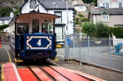 LLandudno, Wales, Nordstrand, Großbritannien - 27. Mai 2018 großer macht Orme-Tram Gebirgstraditionelle Straßenbahn seine Übergan stockbild