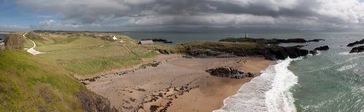Llandwyn海岛全景 免版税库存图片