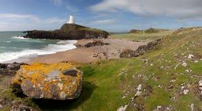 Llandwyn海岛灯塔 库存图片