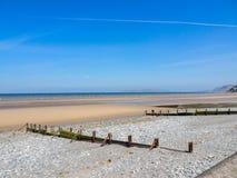 Llanfairfechan strand royaltyfri foto