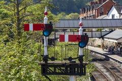 Llangollen järnväg semaforsignaler Arkivbild