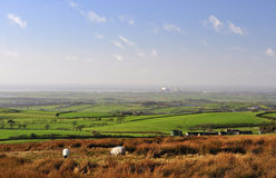 Llano de Lancashire a la bahía de Morecambe. Imagen de archivo
