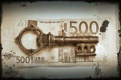 Llave al dinero Fotografía de archivo libre de regalías