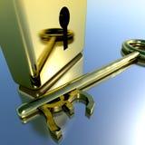 Llave de la libra con el candado del oro que muestra ahorros y finanzas de las actividades bancarias Imagen de archivo libre de regalías