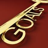 Llave de las metas que representa aspiraciones e intento Fotografía de archivo libre de regalías
