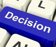 Llave de ordenador de la decisión que representa incertidumbre y que hace Decisi Foto de archivo