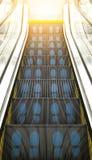 Llaves de la escalera móvil al éxito Foto de archivo