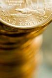 Lle monete di un del dollaro oro degli Stati Uniti d'America Fotografia Stock Libera da Diritti