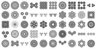 Lle varie collezioni della mandala di 50 insiemi illustrazione vettoriale