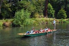 Llevando en batea en el río de Avon, Christchurch Nueva Zelanda Foto de archivo libre de regalías