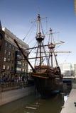 LLONDON UK - MARS 29, 2014 Francis Drake s guld- bakre skepp Royaltyfri Fotografi