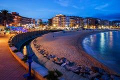 Llore de Mar τη νύχτα σε Κόστα Μπράβα στην Ισπανία στοκ εικόνες