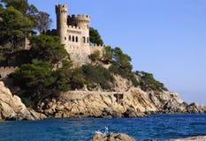 Lloret de Mar Castell Plaja på stranden i Catalonia Spanien på sommer Arkivfoto