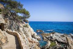 Lloret de Mar, Costa Brava, Hiszpania, strandkust Stock Foto's