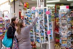 Het winkelen in Lloret de Mar stock foto's