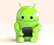 Lloyd från Android OS-logo genom att använda smartphonen på vit bakgrund Arkivfoto