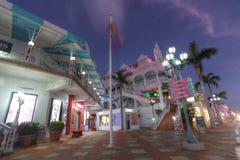 Lloyd G Smith Boulevard en Oranjestad, Aruba Imagen de archivo libre de regalías