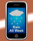 Llueva toda la semana en el tiempo desgraciado mojado de las demostraciones del teléfono Imagen de archivo libre de regalías