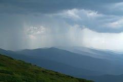 Lluvia de la montaña Fotografía de archivo libre de regalías