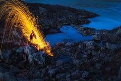 Lluvia del fuego en Islandia Fotos de archivo