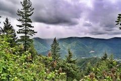 Lluvia en el valle fotografía de archivo libre de regalías