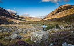 Llyn Idwal Valley ad estate immagine stock