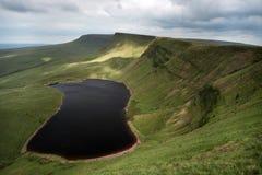 Llyn y fanfach, den welsh sjön i Brecon leder nationalparken Royaltyfri Bild