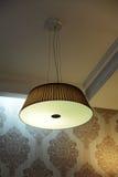 Lámpara con la cortina Fotos de archivo