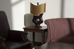 Lámpara y sillas Imágenes de archivo libres de regalías