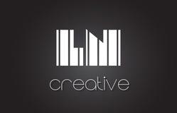LN L lettre Logo Design With White de N et lignes noires Photos libres de droits