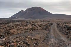 Lndscape de parc national de Timanfaya de montagnes volcaniques, Lanzarote, Îles Canaries Photographie stock