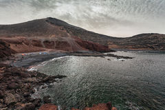 Lndscape des montagnes volcaniques, Lanzarote, Îles Canaries Images libres de droits